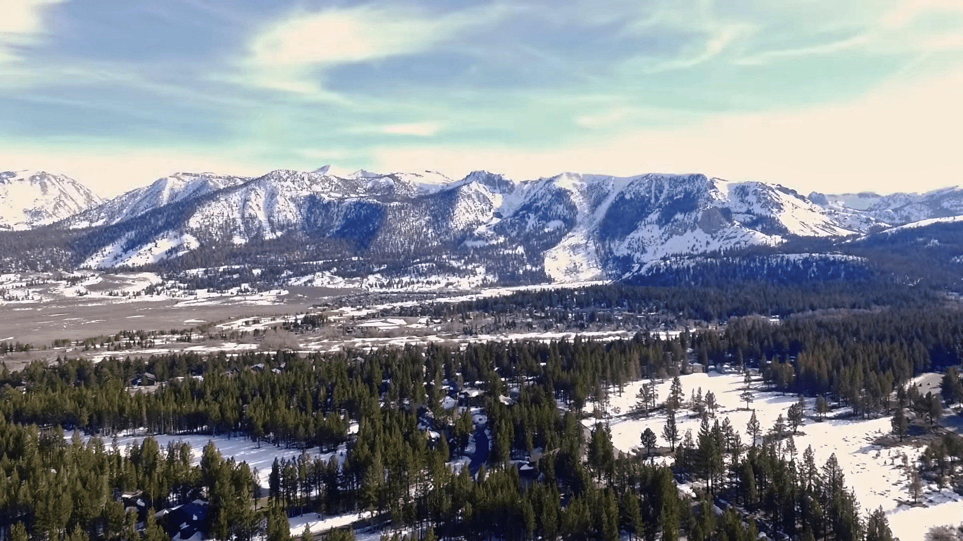 Take a Roadtrip from Los Angeles to Mammoth Lakes!
